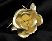 Vintage Flower Pin, Vintage Brooch, Flower Pin, Bold Statement Jewelry, Gold Tone Vintage Pin