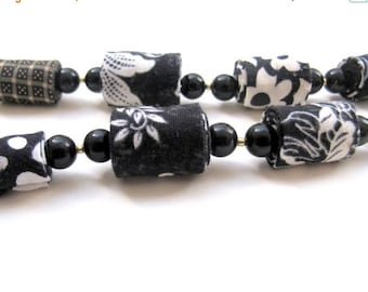 LetsPartySale Fiber necklace in black and white, black and white fabric jewelry, lady in black