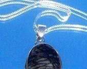 SALE BLACK LINE Agate Necklace in Sterling silver - Unique Beauty