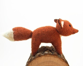 waldorf toy, toy fox, waldorf fox,stuffed animal, all natural toy, eco friendly toy, eco friendly fox, red fox, stuffed wool toy, fibre art