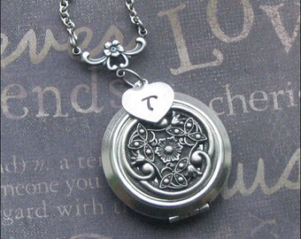 Personlized Locket Necklace, Initial Jewelry Locket, Celtic Love Jewelry, Photo Picture Locket, Wedding Jewelry, CELTIC Wife, Christmas GIFT