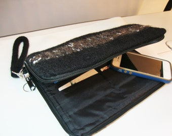 Smart phone wallet in black felted wool