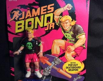 Hasbro James Bond Jr. Gordo Leiter figure MIP - 1991
