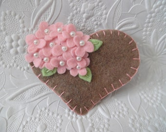 Felt Flower Brooch Heart Pink Beaded Flowers Pin Mothers Day