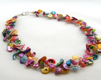 Colorful Mother of Pearl Necklace, Colorful Necklace, Wire Crochet Necklace, Beach Necklace