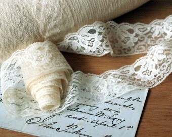 Vintage Creamy White Lace Trim 8 Yards