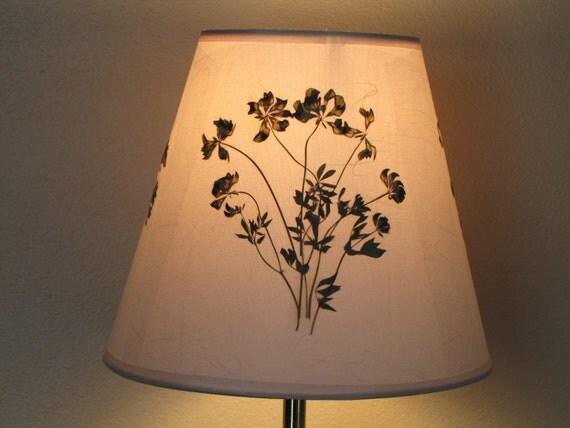 Pressed flowers lampshade artwork cone shape original creme - Flower shaped lamp shades ...