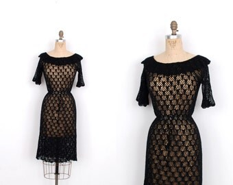 Vintage 1970s Dress / 70s Crochet Knit Dress / Black (S M)