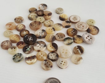 Small lot of Tortoise buttons