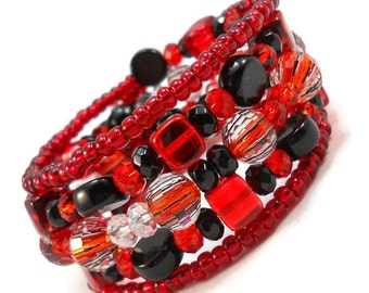 Beaded Bracelet Set, Red and Black, Gifts for Teen Girls, Gothic Jewelry, Jewelry for Teenage Girl, Christmas Gift for a Teenage Girl