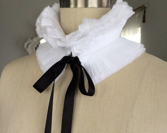 NEW Detachable hand pleated Collar/Feather like cotton/Ruffled Collar/High collar/Detachable collar/Black and White/Neck piece/