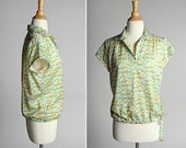 Vintage Mint Green Floral Ditsy Shirt - Flowers Point Collar Blouse Pull Over Short Sleeve Orange Yellow Tulip - Size Large