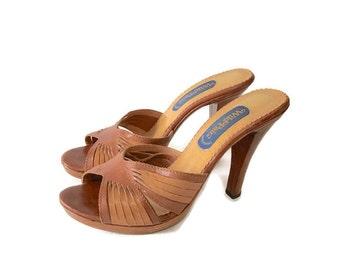 Vintage wood Heel leather stilettos Wild Pair 70s Brazil Two Tone Leather  sz 8