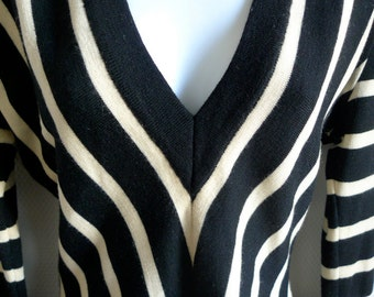 Corinne COBSON black and ivory striped sweater with low v neck