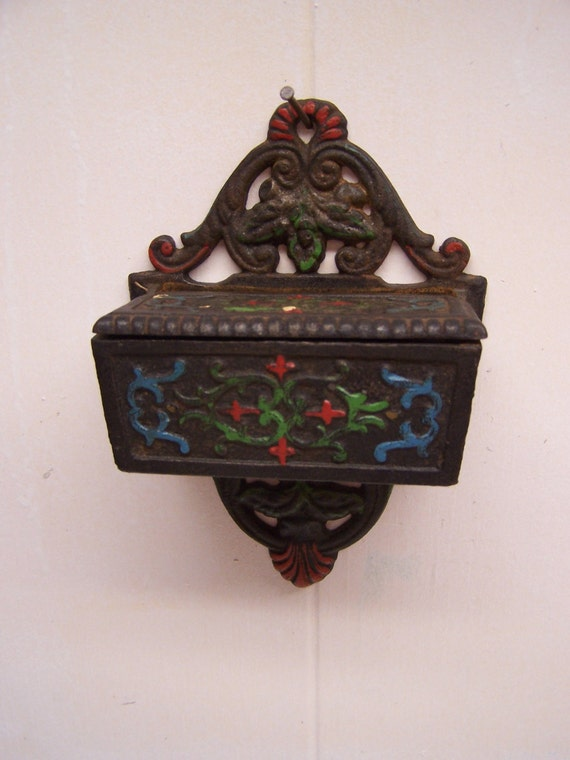 Vintage Wilton Match Holder Hand Painted Black Cast Iron