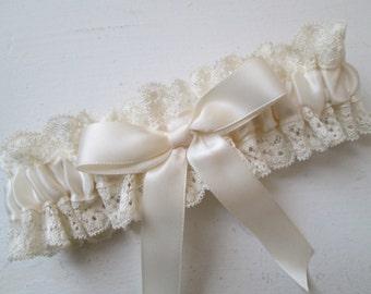 Ivory WEDDING Garter, Ivory Prom Garters, Ivory Lace Garter, Rustic Garter, Vintage- Country Bride, Prom Garter