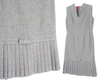 Vintage 60s Dress * 1960s Wool Shift Dress * Gray Pleated Skirt Dress * Medium / Large
