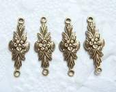 4 - Antiqued brass 2 ring floral connectors - NJ166