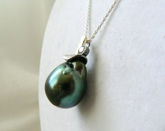 Tahitian Pearl Pendant with 18k Yellow Gold and Oxidized sterling Silver Bail with white CZ - Unique Jewelry