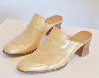 Vintage 1970s ESPACE made in FRANCE patent leather mules / 7