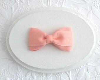"""Simple 3"""" Peach Hair Bow, Toddler Hair Clip"""