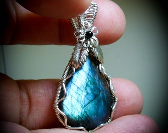 Wire Wrapped Stone Blue Labradorite Gemstone Necklace Pendant