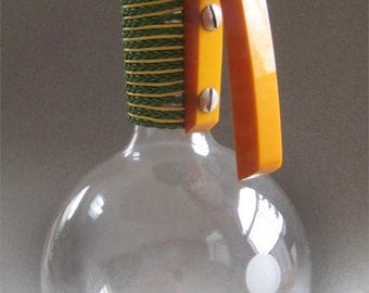 MCM Glass Beverage Carafe Wrapped Neck Pyrex Weico Butterscotch Bakelite Handle
