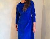 VALENTINES DAY SALE vintage 1960s blue velvet dress sapphire blue dress renaissance fair medieval wedding handfasting size medium