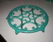 Turquoise Deep Aqua French Enamel Cast Iron Trivet Scrolly Swirly Sweet Kitschy Tripod Pot Server Stand 6 Footed