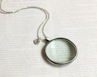 Personalized Initial Magnifying Glass Necklace. antique silver magnifying glass necklace.  miniature magnifying glass