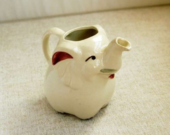 Shawnee Pottery Elephant Ceramic Creamer, 1940s Figurine, Vintage Small Pitcher, Kitchen Dining Home Decor