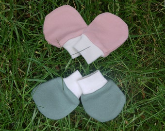 BAMBOO Baby Scratch Mitts (SALE - save 5 USD)