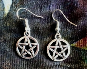 Pentacle earrings, pentagram, witch, witchy, witchcraft, occult, wicca, wiccan, goth, gothic