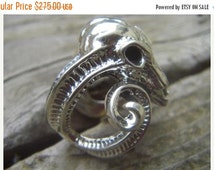 ON SALE Large ram skull ring in sterling silver
