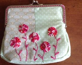 Embroidered Suffolk Puff Purse