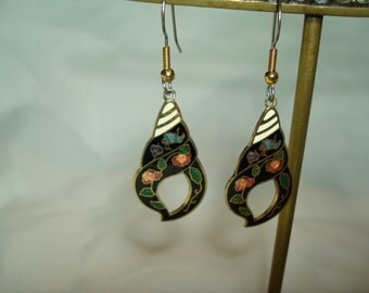 1980s Black with Red and Pink Conch Shell Cloisonné Earrings.
