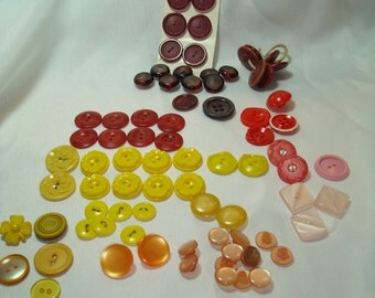 1950s 1960s Yellow Burgundy Red and Pink Buttons.