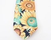 BLOWOUT 40% off sale Vintage 90s Sunflower Cotton Neck Tie - American Eagle, flowers, yellow
