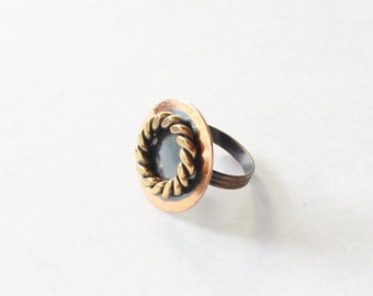 30% off sale // Vintage 70s Nautical Circle Copper Tone Adjustable Ring - preppy, bronze, seaside