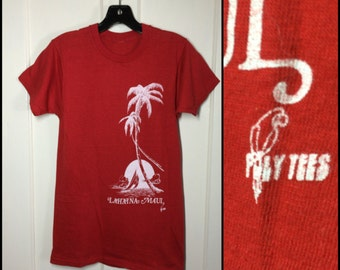 Vintage 1970's Poly Tees Lahaina Maui Hawaii red souvenir T-shirt looks size Small 16x27 Palm Tree beach scene all cotton