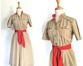 Vintage 70s Shirtwaist Dress - khaki dress - preppy - midi - uniform dress - military style - pullover - Small - Medium
