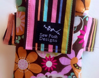 Funky Flowers Daisies Orange Green Stripes Fabric Washable Iphone Galaxy Armband Cell Phone Case Pouch Zipper Pocket Waterproof Lining