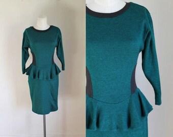 vintage 1980s sweater dress - HUNTER GREEN peplum knit dress / S/M