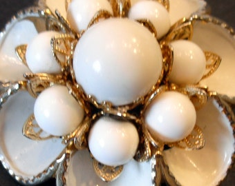 Vintage Large White & Gold Flower Brooch