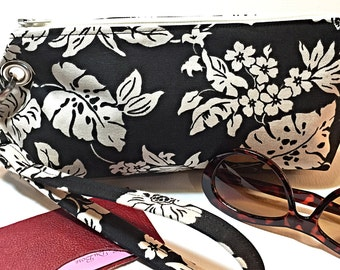 Clutch Wristlet Detachable Strap, Black and White Flower Print