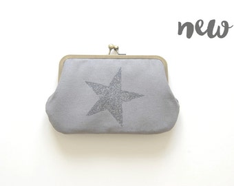 grey wallet. metal frame wallet. free shipping. kisslock purse. grey wallet. grey purse. gift