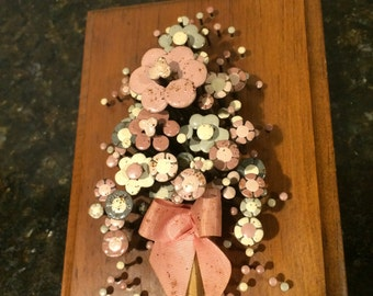 Vintage Nail Art Wall Plaque