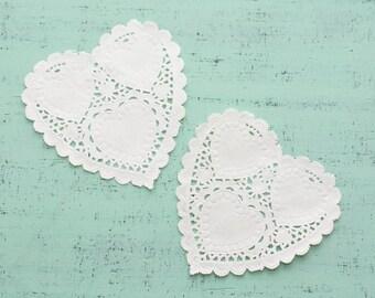 20 paper doilies heart