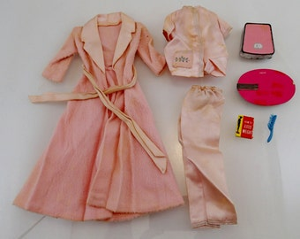 Slumber Party Near Complete Pink Sleep Over Robe Pajamas Weight Loss Book Bathroom Scale Vintage Mod Barbie Doll Mattel Clothes Accessories