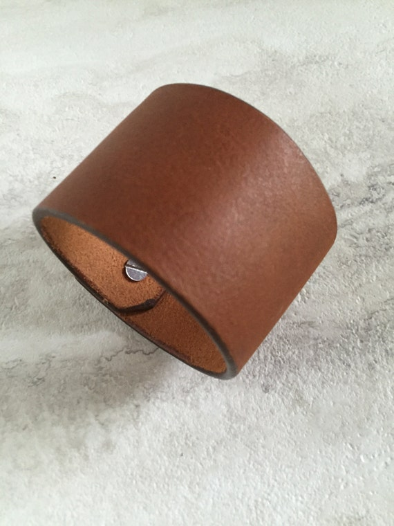 Handmade Men's Wide Brown Leather Cuff Bracelet (7.5 inches)